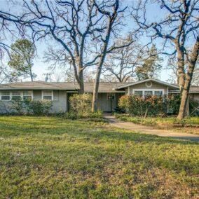 1814 Smith Lane, Arlington, TX  76016